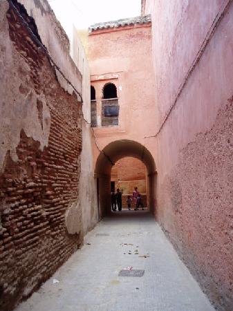 Riad Zolah: the street to the riad