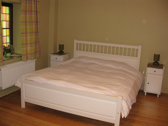 L'Auberge de Bouvignes: Bedroom