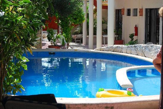 Hotel el Moro: Garden Pool