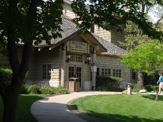 Starved Rock Lodge & Conference Center : lodge