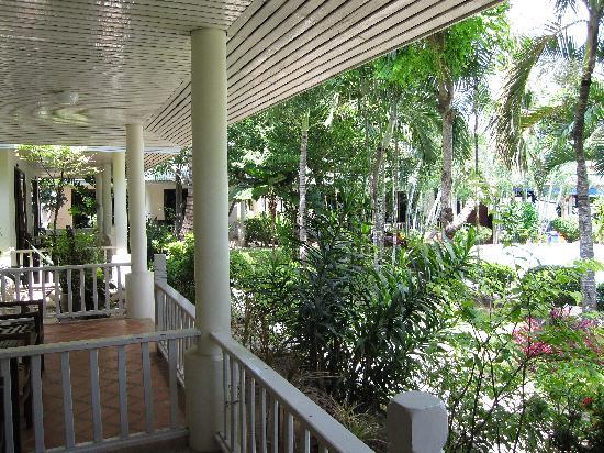 Samui Mermaid Resort: lovely garden