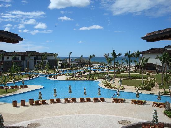 JW Marriott Guanacaste Resort & Spa: Pool and ocean