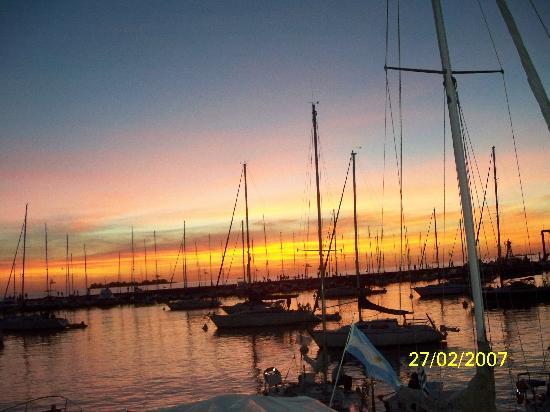 Posada del Rio: Atardecer en el nautico