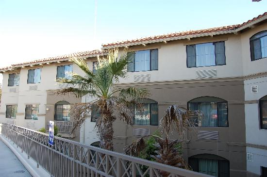 Holiday Inn Express Hotel & Suites - Marina: Exterior of Hotel