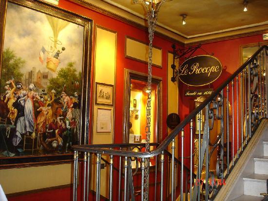 Le procope picture of le procope paris tripadvisor for Restaurant le miroir paris 18