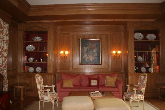 Hotel Real Palacio : Salón muy elegante