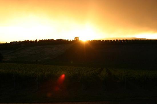 Agriturismo Spazzavento: Sundowner 2