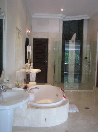 Viceroy Bali: Bathroom