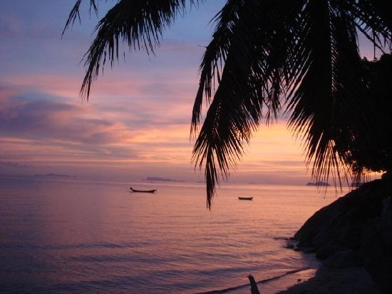 Harmony Beach Resort: one of many stunning sunsets