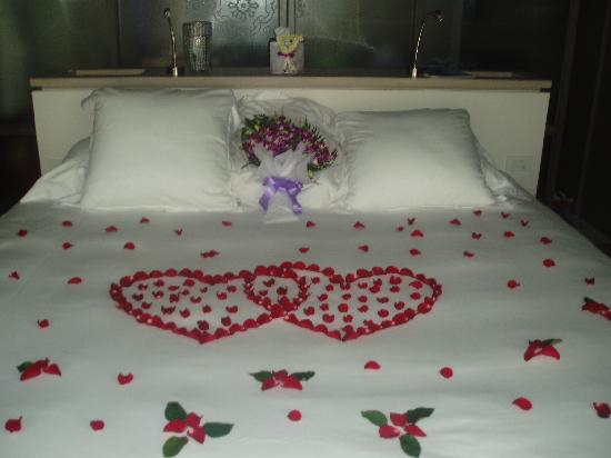 1 Year Anniversary Bed Heart Made With Rose Petals