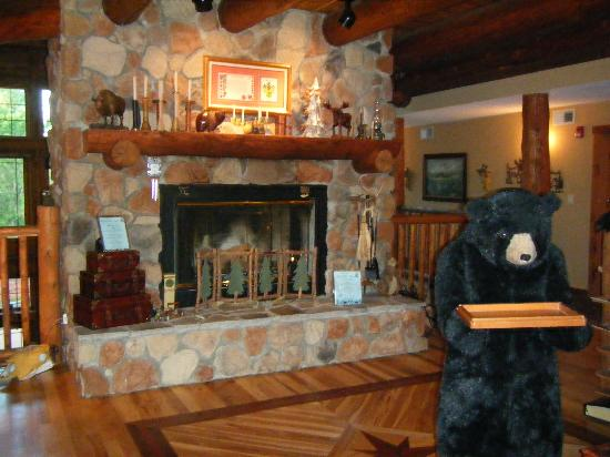 Lodge at Grant's Trail by Orlando's: Fire place