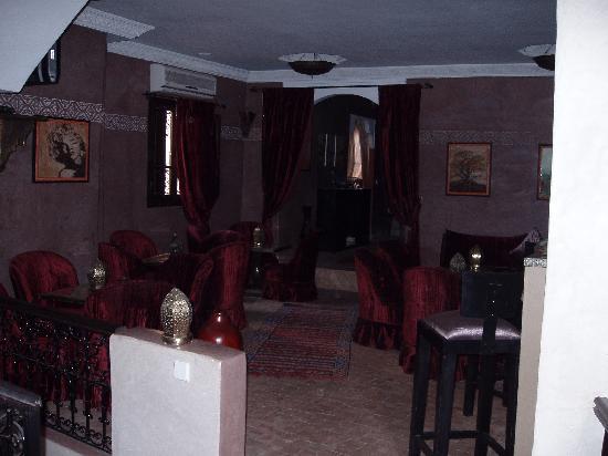 Riad Al Rimal: bar/restaurat