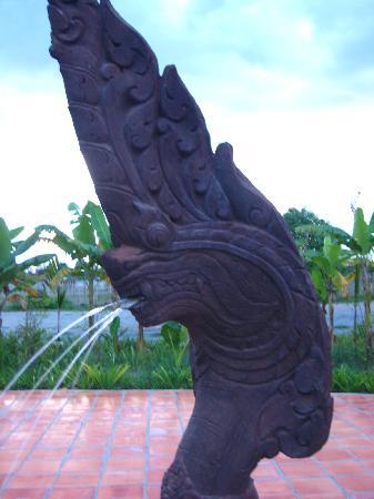 أنغكور سبيريت بالاس: Pool