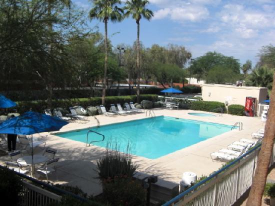 Fairfield Inn Scottsdale North: the pool