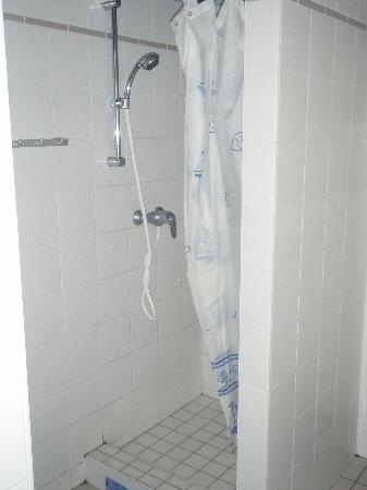 Schlafmeile Hostel: bathroom