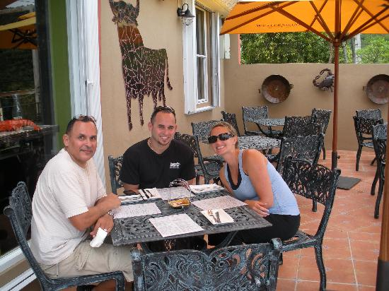 Tasca OleLelolai: Great dinning with family