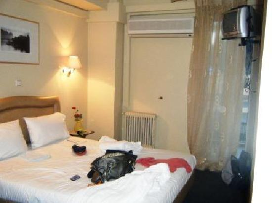 Anixi Boutique Hotel: normal double bedroom