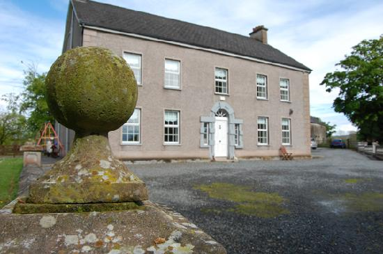 Dundrum House Guest House