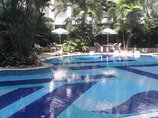 Kondo Istana Langkawi: grosses Schwimmbad