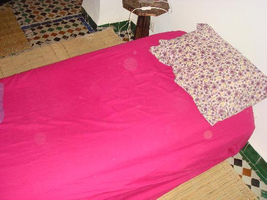 Espace Aum: My bed!