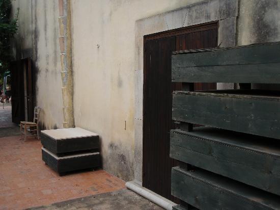 Case del Feudo Hotel : Terrasse ...  ranger  .....???