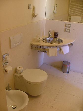 bagno hotel due mori marostica