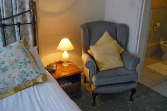 Langton House: In a very cosy room