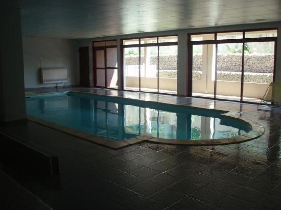 Cerise Carcassonne Sud : piscina climatizada