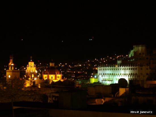 El Zopilote Mojado: View at night from the terrace