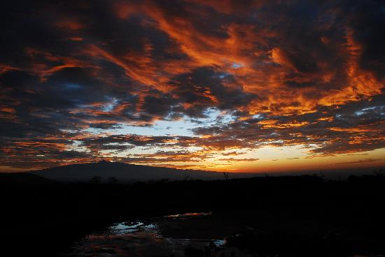 Aberdare National Park, Kenya: Sunrise over Mount Kenya