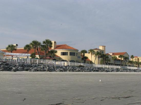 The King and Prince Beach and Golf Resort: View from the beach