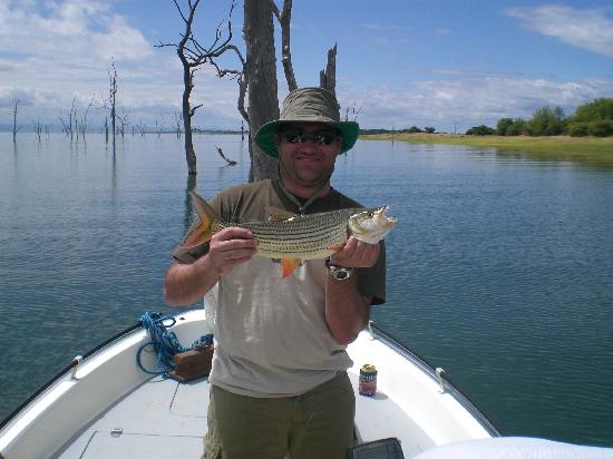 Spurwing Island: My friend Niel with a tiger fish