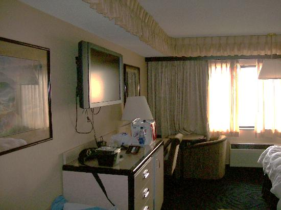 Peppermill Wendover Hotel Casino: room at Peppermill Wendover