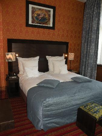 Grand Hotel Amrath Amsterdam: Great Bed