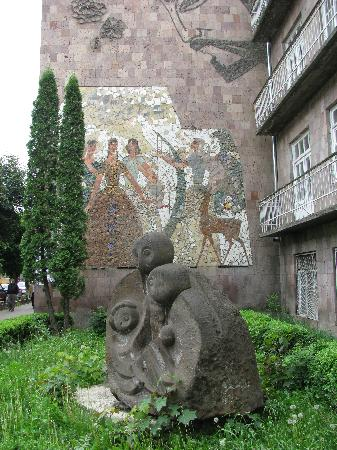 outdoor art in Vanadzor