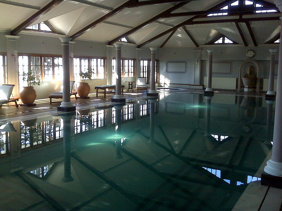 The Oberoi Cecil, Shimla: The indoor hot water swimming pool
