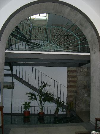 Hotel Rivoli Sorrento: Entrance to hotel