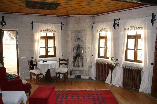Cappadocia Cave Suites: salon