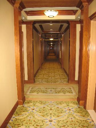 The Rose Hotel: Rose Hotel hallway