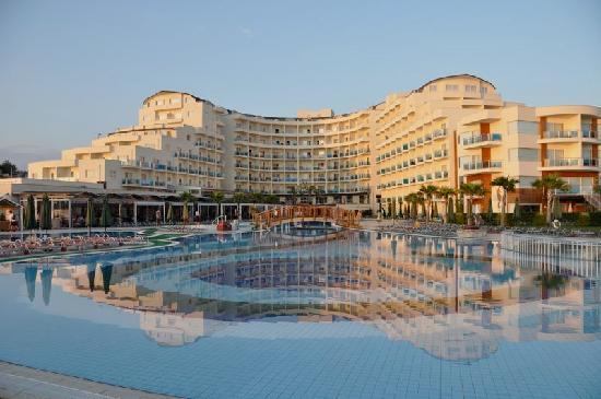 Sealight Resort Hotel: Hôtel: vue générale intérieure