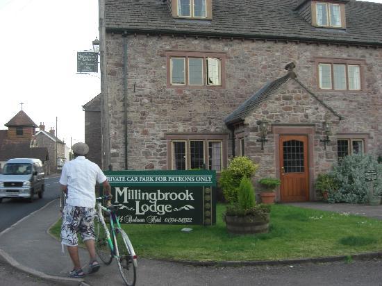 The George Inn & Millingbrook Lodge: The lodge