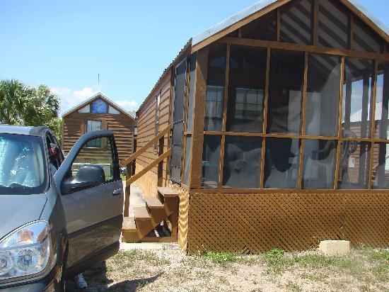 Glades Haven Cozy Cabins: Cabin #1