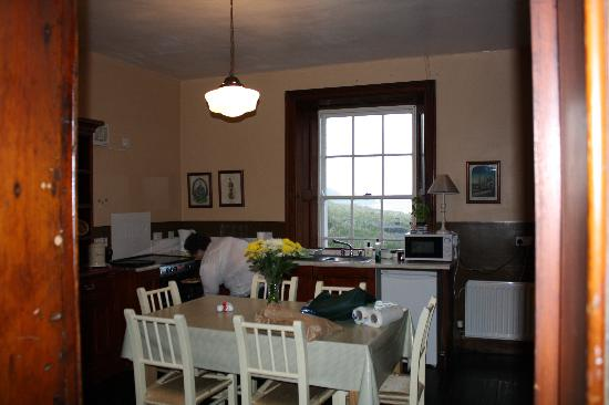Blackhead Lightkeepers' Houses: A full eat-in kitchen