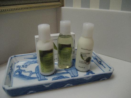 Farmington Inn: toiletries