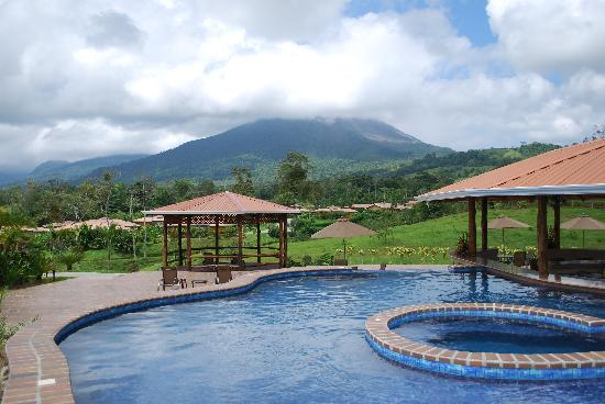 Arenal Manoa Hotel: The pool