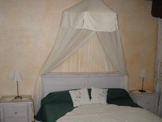 Chambre calme et reposante photo de chambres d 39 hotes ttakoinenborda a sare sare tripadvisor - Chambre reposante ...