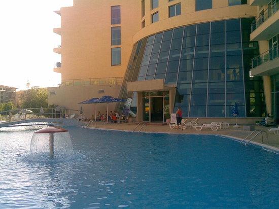 Ivana Palace Hotel: pool