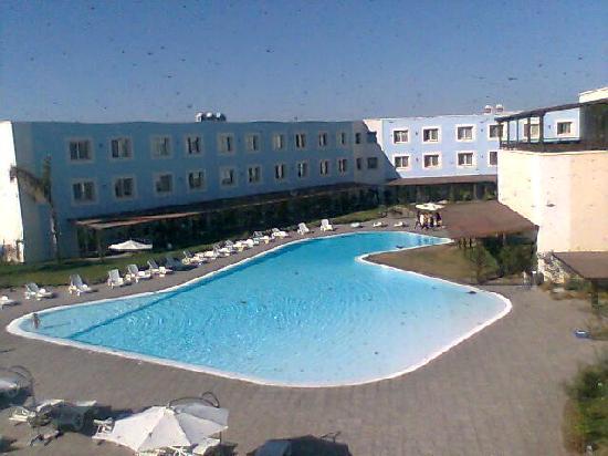 Nicotel Gargano : stanza vista piscina