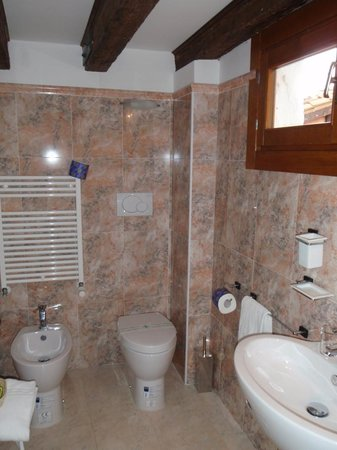 Venice Resorts: Bathroom