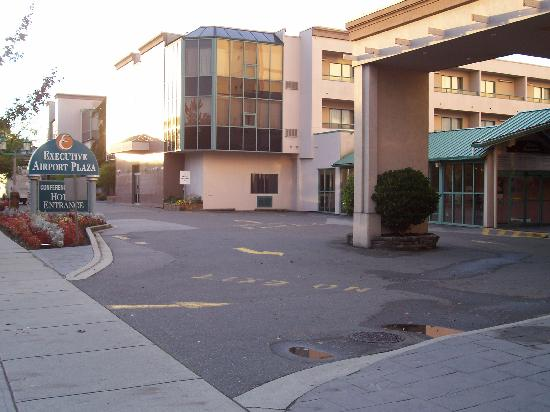 Executive Airport Plaza Hotel & Conference Centre Richmond: The executive airport plaza